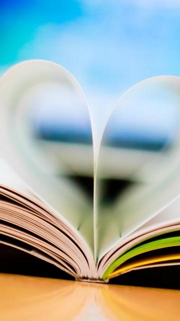 Картинка Сердце из книги